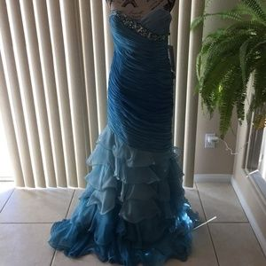 ALYCE PARIS BLUE CHIFFON FORMAL PROM/GOWN SIZE 10